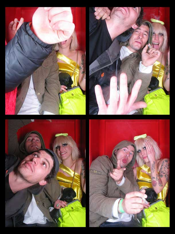 REDCHEESE-PHOTO-BOOTH-298-20091211-HSP-2A4FA-5.jpg