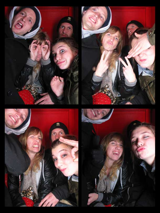 REDCHEESE-PHOTO-BOOTH-298-20091211-HSP-65A2A-5.jpg