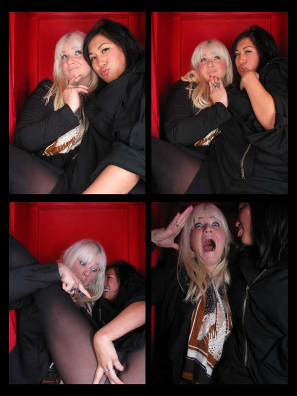 REDCHEESE-PHOTO-BOOTH-298-20091211-HSP-6729C-5.jpg