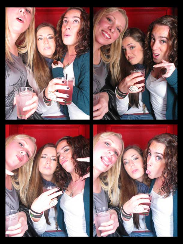 REDCHEESE-PHOTO-BOOTH-298-20091211-HSP-6C398-5.jpg