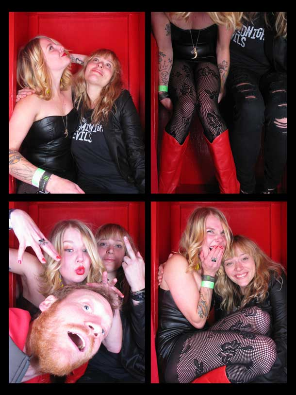 REDCHEESE-PHOTO-BOOTH-298-20091211-HSP-928A3-5.jpg