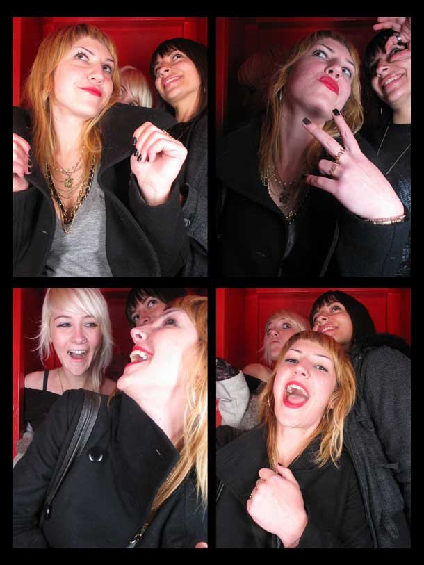 REDCHEESE-PHOTO-BOOTH-298-20091211-HSP-9D342-5.jpg