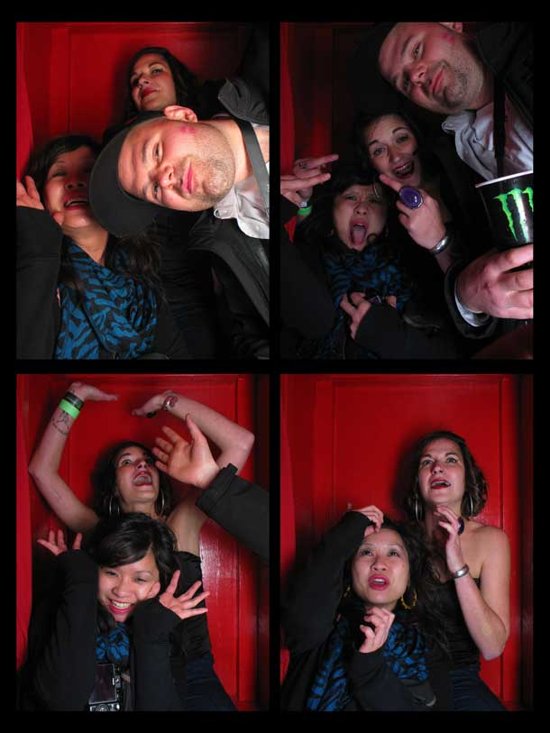 REDCHEESE-PHOTO-BOOTH-298-20091211-HSP-C352E-5.jpg