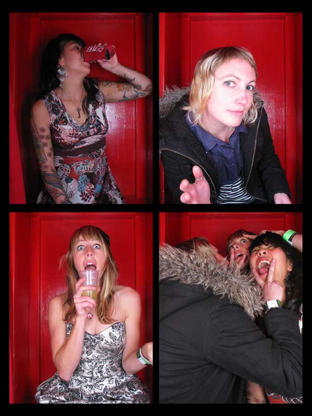 REDCHEESE-PHOTO-BOOTH-298-20091211-HSP-E9525-5.jpg