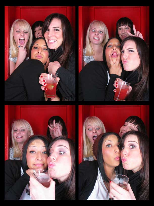 REDCHEESE-PHOTO-BOOTH-298-20091211-HSP-EE7AB-5.jpg