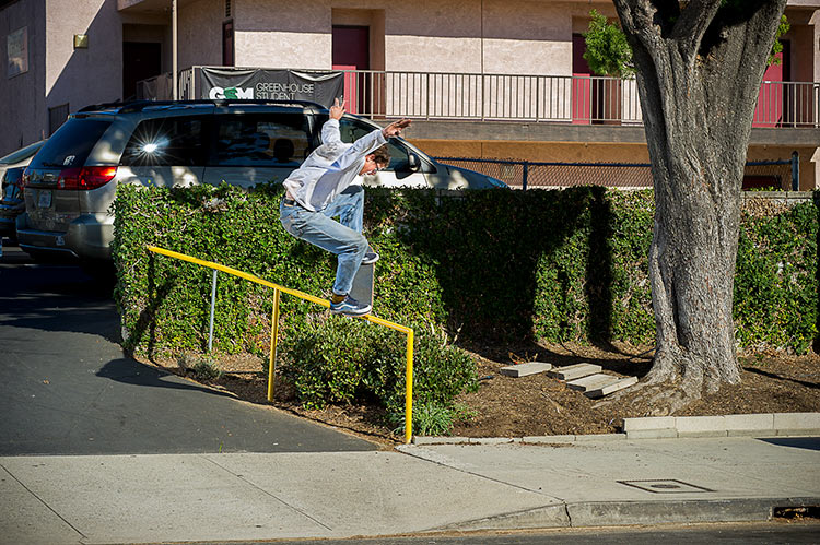 Johan Stuckey nosegrind yellow rail Eagle Rock DZ 750px