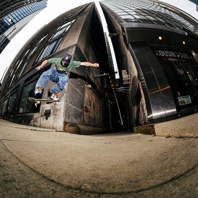 Mike Hoag Backside flip Chicago Heikkila 2000