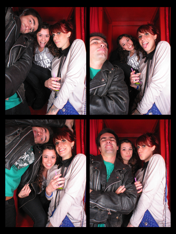 REDCHEESE-PHOTO-BOOTH-294-20111216-JTA-AD936-5.jpg