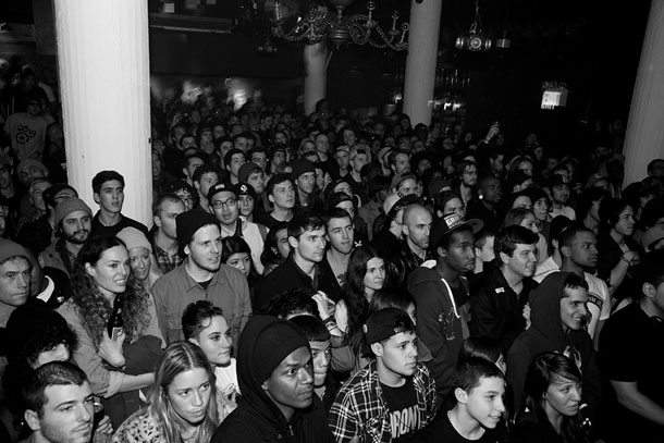 5BoroZipped 5BORO_Join_Or_Die_Crowd_3