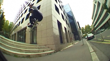 "Flo Mirtain's ""Mall Grab"" Part"