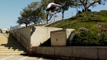 "Numbers: Antonio Durao's ""00"" Part"
