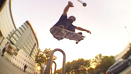 "Skateboard Cafe's ""Mojito"" Video"