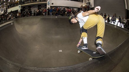 2019 Vans Girls Combi Classic Video