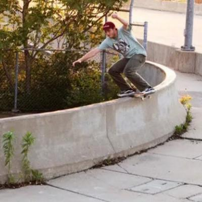 Preston Harper's Curved Boardslide