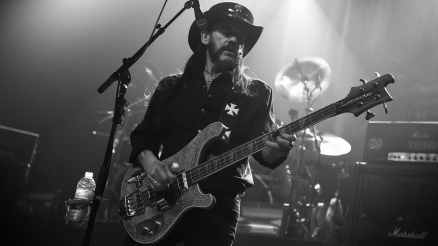 DEAD MEN TELL NO TALES: LEMMY 1945-2015